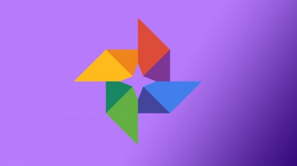 В Google Photos встроили собственный мессенджер